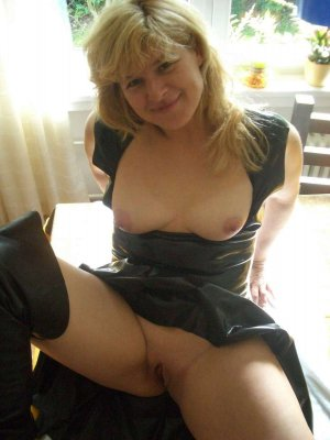 Marie-magali cheap escort in Ahaus