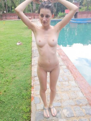 Eleanor privat escort Bad Driburg