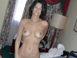 Ivone sex escort Lichtenstein/Sa.